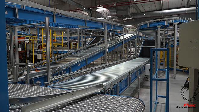 A Bridgestone Tatabánya Termelő Kft.-ről A Bridgestone Tatabánya Termelő Kft. 2006-ban kezdte meg működését, és napjainkra Magyarország egyik legnagyobb abroncsgyárává vált. Alapítása óta a vállalat munkavállalóinak száma több mint kétszeresére emelkedett: míg 2008-ban 361 munkavállalóval kezdődött meg a termelés, addig mára mintegy 1.200-an dolgoznak a világhírű márkával fémjelzett abroncs gyártásán.