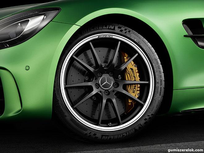 Michelin gumi Mercedes-AMG GT R