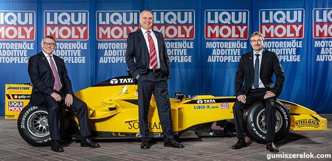 """A március 31-i Bahreini Nagydíjon lesz a LIQUI MOLY első nagy bemutatkozása. """"A Forma 1 és a LIQUI MOLY jól összeillenek, hiszen mindkettő a csúcsteljesítményt képviseli"""", mondja Ernst Prost."""
