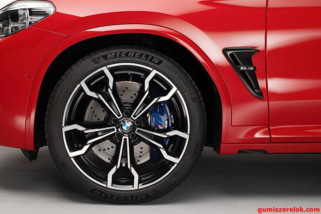 A BMW 21 colos MICHELIN Pilot Sport 4S* (PS4S*) nyáriabroncsokkal szereli vadonatúj X3 M és X4 M modelljeit -sőt az új modellek sajtópremierjén szintén Michelin abroncsokkal láthatjuk a BMW sportos, nagyteljesítményű járműveit.