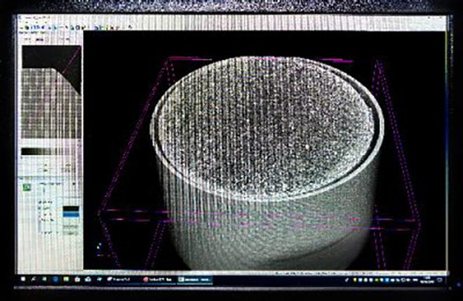 Hóminták szerkezeti elemzése Mérnökeink mikro-CT segítségével elemzik a hómintákat, és modern szoftver használatával informatív 3D-s modelleket hoznak létre.