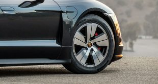 Az abroncsgyártó Hankook tovább bővíti a stuttgarti sportautógyár eredetialkatrész-készletét: az egyedi fejlesztésű Ventus S1 evo 3 ev e-abroncsokkal látják el a Porsche AG első teljesen elektromos sportautóját, az új Porsche Taycant.