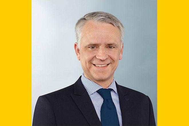 Az üzletágért Philipp von Hirschheydt fog felelni, aki korábban a személygépkocsi-abroncsok utánpótlásáért felelős üzletág igazgatója volt az EMEA régióban.