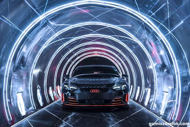 Az Audi e-tron mellett a Hankook most egy újabb, teljesen elektromos autóhoz szállít abroncsot az Audinak