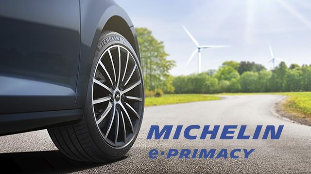 a városi kisautók, a szedánok és a kompakt SUV-ok tulajdonosai a belső égésű motoros, hibrid vagy elektromos járműveiket is felszereltethetik az új MICHELIN e.PRIMACY-val. Az új abroncs ötvözi a kiemelkedő teljesítményt, az üzemanyag-hatékonyságot, illetve a fenntarthatóságot.